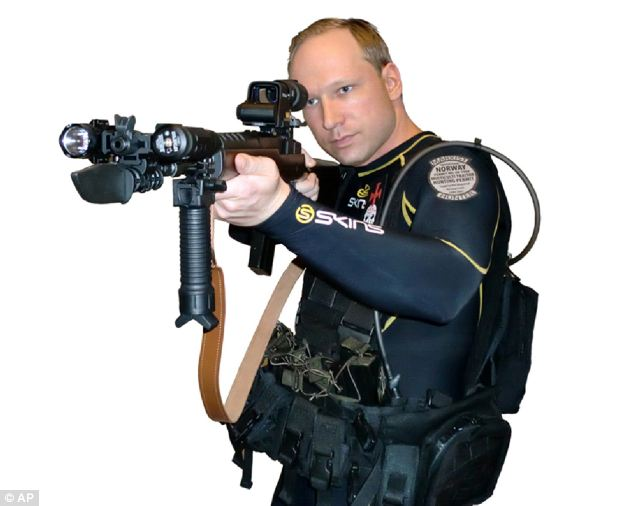 Breivik in uniform