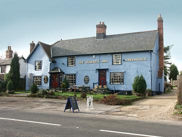 This 16th century historic country inn was the birthplace of Dick Turpin, the notorious highwayman, in 1705.