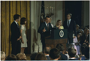 Nixon addressing his cabinet and White House staff prior to his departure, Aug. 9,1974.