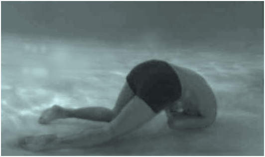 A semi-fetal posture is the norm for all drown victims